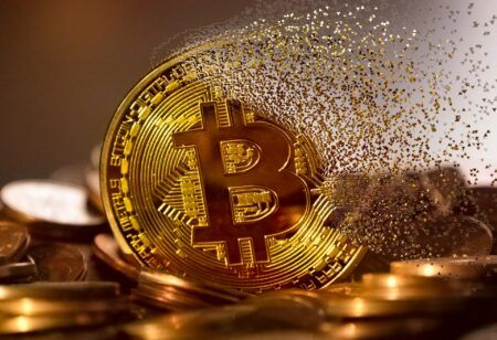 Some Bitcoin Investor Paid $47,000 to Send $194 in BTC